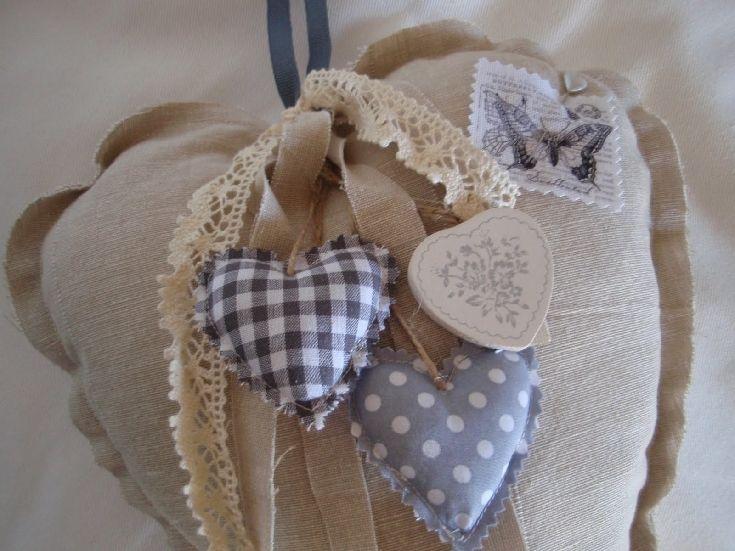hand hearts craft - 735×551