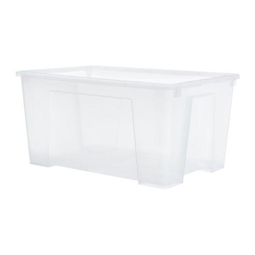 SAMLA Caixa IKEA Ideal para guardar roupa e sapatos sazonais, equipamento de desporto, ferramentas de jardinagem ou acessórios de limpeza.