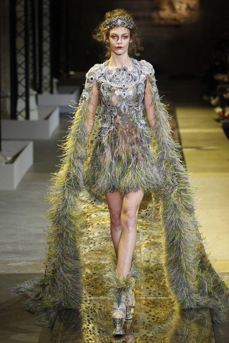 Guo Pei Spring 2017 Couture Fashion Show | Spring 2017 ...
