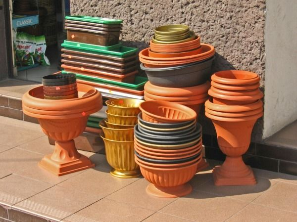 best 25 plastic pots ideas on pinterest inside garden. Black Bedroom Furniture Sets. Home Design Ideas