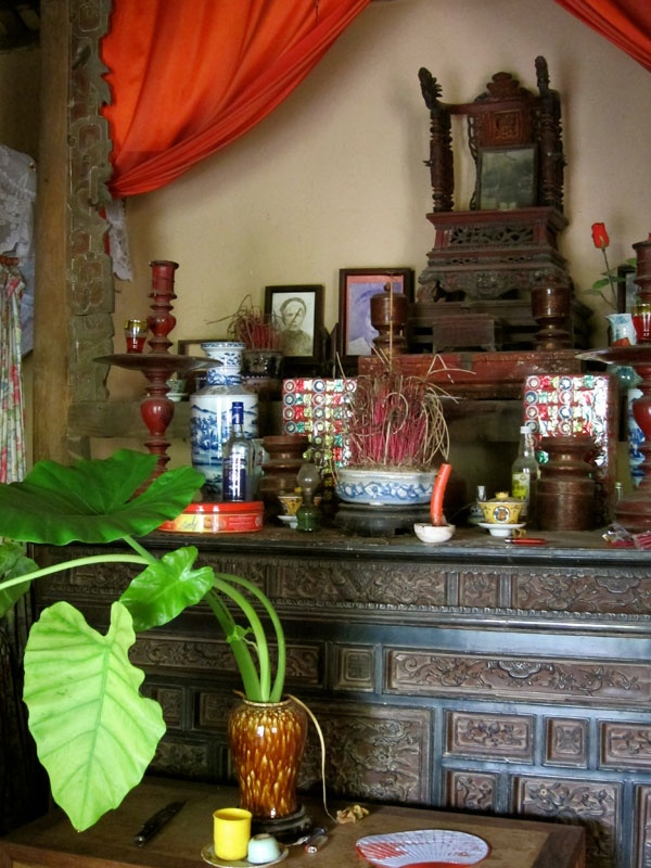Life is changing fast in Vietnamese craft villages � conical hats ...