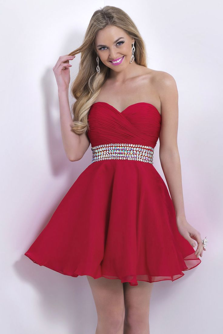 Simple Red Strapless Beading Ruched Short Chiffon Cocktail Homecoming Dress