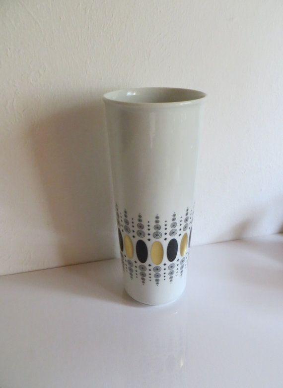 https://www.etsy.com/se-en/listing/168140788/rare-heinrich-porzellan-vase-serie-gemmo?ref=related-0