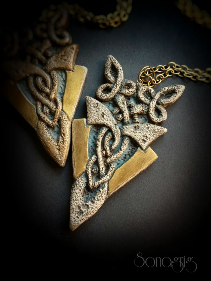 Polymer clay ''Old Stone Pendant'' tutorial