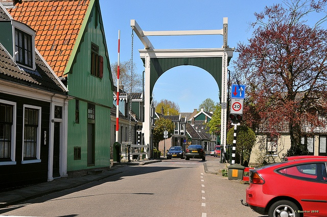 Westzaan, JJ Allanstraat ; how many times have I crossed that bridge