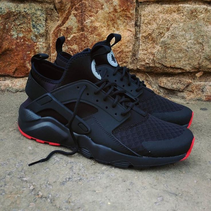 Nike Huarache Uke Negro Y Oro