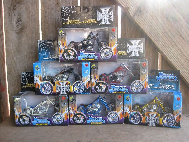Collectible Lot of 6 Jesse James Motorcycles 1:18 scale #MuscleMachines #customchopper