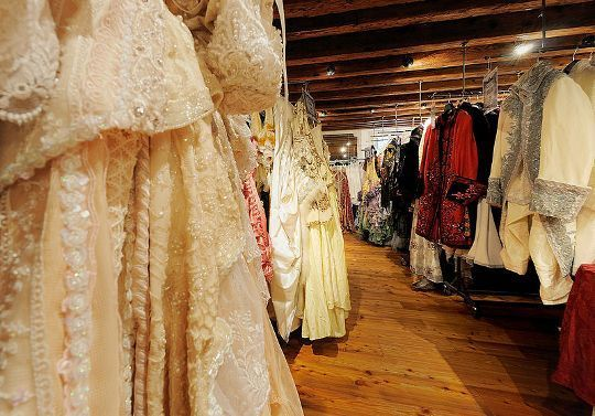 Where to Buy Cheap Vintage Clothing | Shops, Vintage style and Other