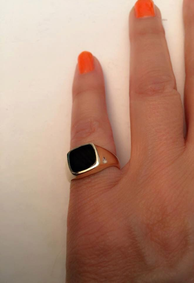 Signet Ring, women ring, Pinky ring, Onyx Signet Ring. Gold Signet Ring, Black square Signet Ring, Man Pinky Ring, Woman Pinky Ring by Limajewelry on Etsy https://www.etsy.com/listing/240870692/signet-ring-women-ring-pinky-ring-onyx