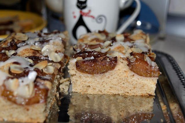 Alexa's blog: TARTA CU PRUNE    Este prajitura cu care l-am ast...