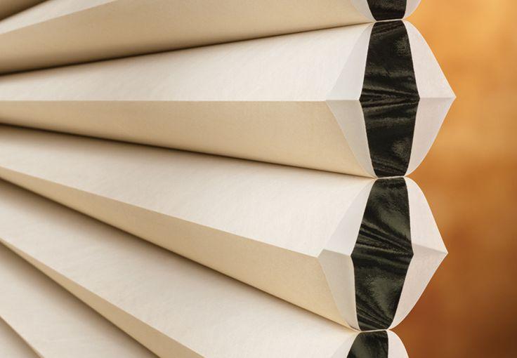 CORTINAS DUETTE | Luxaflex - Hunter Douglas. Conforto acústico, o produto pode absorver o som em até 70% devido ao formato celular, com células simples, duplas, triplas e Architella (célula dentro de célula). #decor #decoracao #desinginteriores #arquitetos #designlovers #decorlovers #Luxaflex #SohoDesign