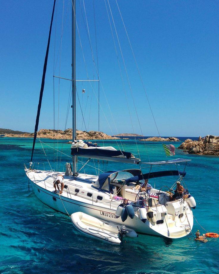 Sardinia no filter . . . #isoladellamaddalena #maddalena #sardegnagram #sardegna_super_pics #lanuovasardegna #focussardegna #yallerssardegna #sardegnaofficial #volgosardegna #sardiniaworld #sardinialand #sardegna #sardinia #photogram  #flashofthelight  #finditliveit #vscophile #livelevel #thecreatorclass #visualofearth #heatercentral #darlingescapes #guardiantravelsnaps #cbview #livelevel #iamatraveler #timeoutsociety #bestdiscovery #love