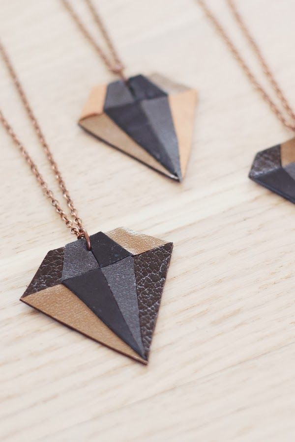 DIY: leather diamond necklace