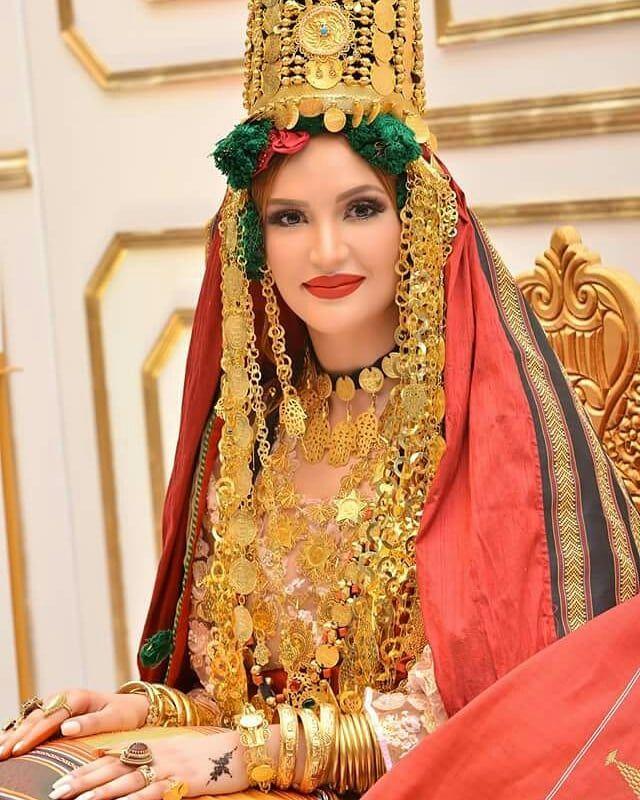5950d025f يضهرلي لبسة لقابس و محرس... مش هكا لبنات؟ . للجمال و الأناقة عنوان #التونسية  #الجمال_التونسي #تونس عروسة تونسية من ولاية قابس البية