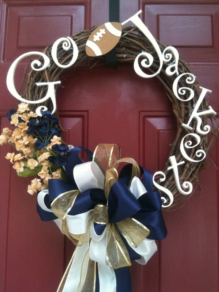 Georgia Tech wreath! 40$ I am not a fan of Tech (Georgia girl all the way) BUT this is so awesome.