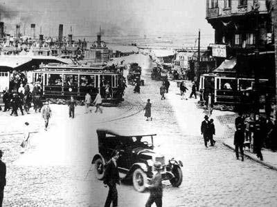 100 yıl önce Sirkeci Sirkeci semti Osmanlı döneminde hem Topkapı Sarayı-na yakın olması, hem de Sadrazamlık binası olan Babıali-ye yakın olması bakımından önemli bir semtti. Deniz kenarında olduğu için Babıali-nin iskelesi olma konumundaydı. 1885 yılında Şark Ekspresi-nin hizmete girmesi, 1890 yılında Sirkeci Garı-nın hizmete girmesinden sonra semt daha da büyük bir önem kazandı.