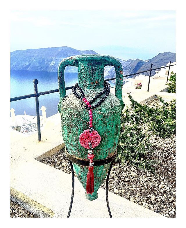 #earthstears #santorini #neclace #jewelry #realstones #handmade #handmadejewelry #greekdesigners #fashion #fashionjewelry #fashionjewels #instafashion #hematite #hematitestone #agate #agatestone #jewellery @elena_kontorousi @christianaproestou