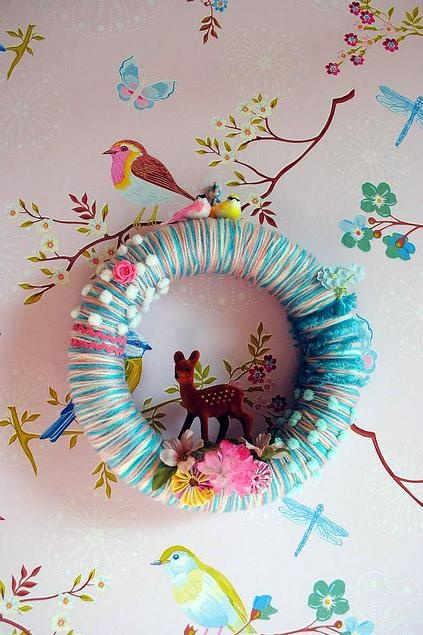 Cute wreath for Baby B! Just switch up the colors...