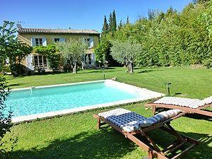 Location d'une maison de vacances avec piscine à Eyragues dans les Alpilles, Provence