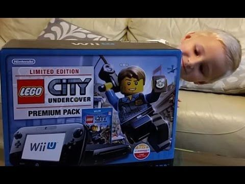 Opening of Nintendo Wii U Lego Undercover limited edition, premium pack