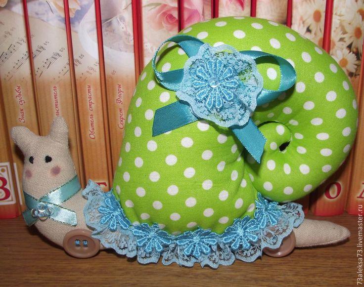 Купить Эльвира Улитка-Тильда - салатовый, улитка, тильда, игрушка, подарок, детская игрушка