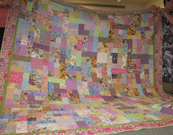 Marlyn's floral quilt