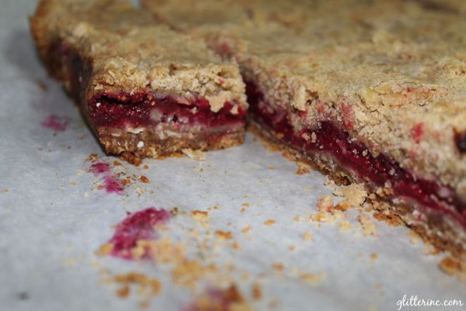 Raspberry Crumb {Breakfast} Bars | Breakfast bars, The o'jays and For ...