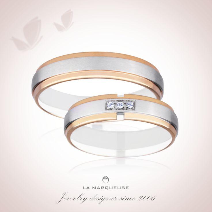 Para obrączek wykonana z białego i żółtego złota. Damska obrączka została ozdobiona brylantami:)  Kolekcja: Obrączki Dwukolorowe La Marqueuse. …: #obraczki #bizuteria #jewerly #wedding #slub  #LaMarqueuse :…