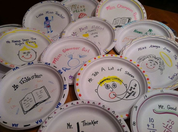 "Paper plate awards"" my mom made for her 1st grade class' last day ..."