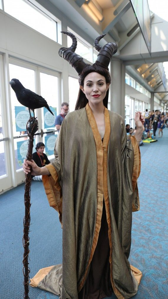 Comic Con 2014 Cosplay Maleficent // Absolutely gorgeous