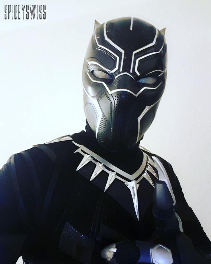 Wish all a nice weekend.  #blackpanthercosplay #black #panther #movie #blackpanther #disney #legend #wakanda #warrior #king #avengers #civilwar #infinitywar #marvel #comic #cosplay #picoftheday #photooftheday #weekend #hero