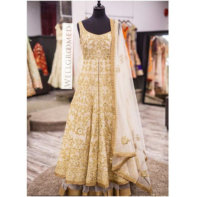 """""""Fashion is what you buy, Style is what you do with it"""" There are endless possibilities with this gold lacha style gown! This piece has kasab dori and sequin embroidary! Love it! All of our pieces are customizable to meet your requirements and personal style! Email us at sales@wellgroomed.ca Out of the country? We've got you covered! We offer phone and skype consultations as well! Drop by one of our retail locations:  6028 Stevenson Blvd, Fremont California  Unit 321-8218 128 St. Surrey, BC…"""