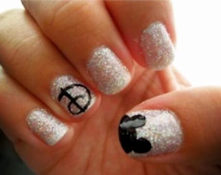 disney nails!!