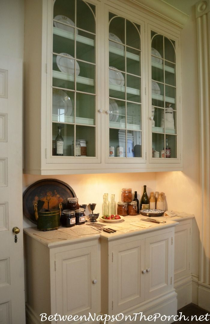 17 best images about butler 39 s pantry on pinterest for Kitchen designs with butler pantry