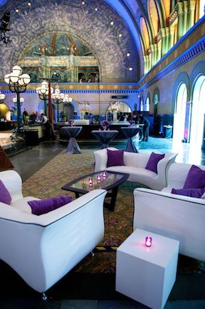 I'm crazy about the idea of the reception lounge!!!