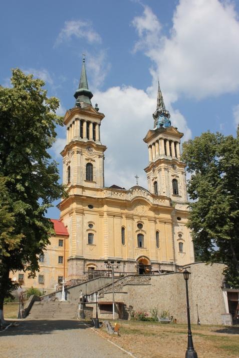 sfanta maria radna monastery 1551 romanian buildings architecture eastern europe buildings