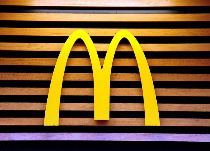 McDonald's offers UK deliveries through UberEats - http://www.sogotechnews.com/2017/06/22/mcdonalds-offers-uk-deliveries-through-ubereats/?utm_source=Pinterest&utm_medium=autoshare&utm_campaign=SOGO+Tech+News