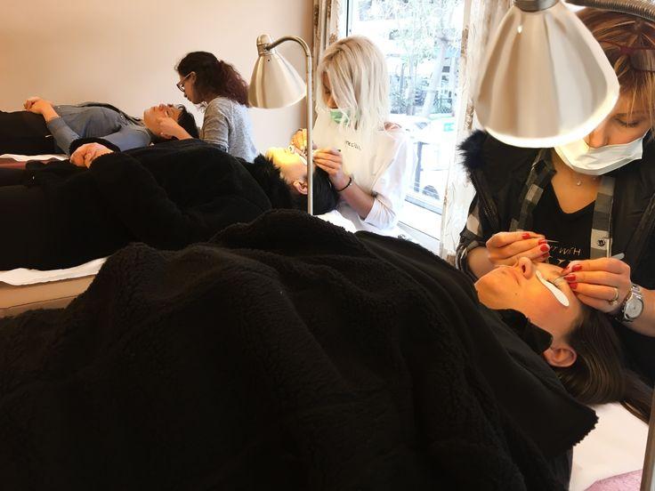 Eyelash extensions  Training Elisabeth Lashes