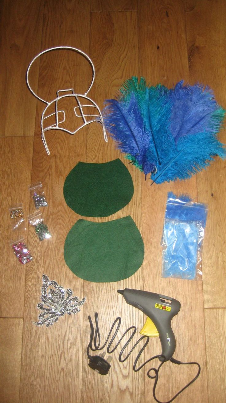 How to make a samba headdress