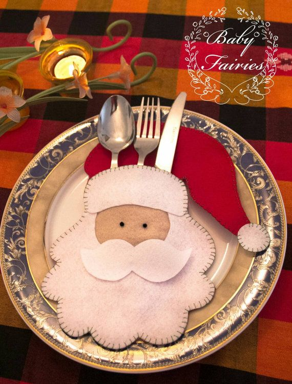 Felt Santa cutlery holder/ Christmas decorations/ Christmas dinning table decorations/ 6 pieces / Free shipping worldwide https://www.etsy.com/listing/257681605/felt-santa-cutlery-holder-christmas