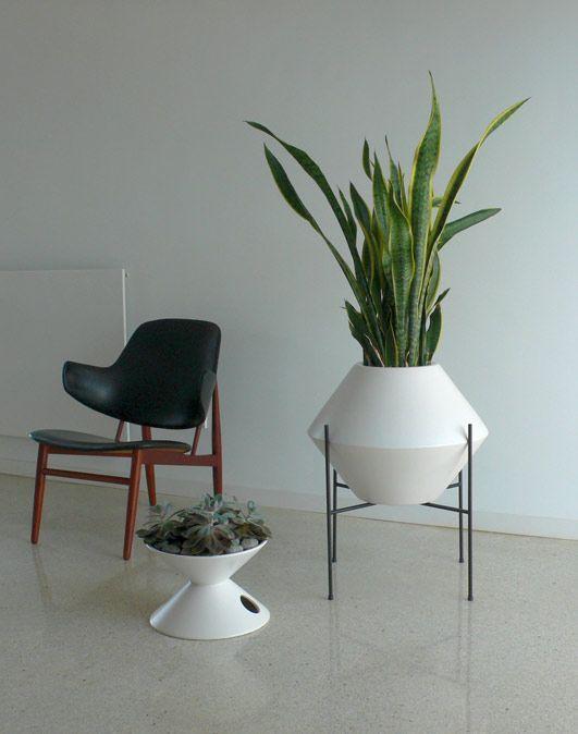 love this   http://modern-garden-design-986-adelle.blogspot.com