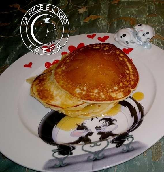 Pancake al miele http://www.lapulceeiltopo.it/forum/ricette-dolci-e/2074-pancake-al-miele#2877