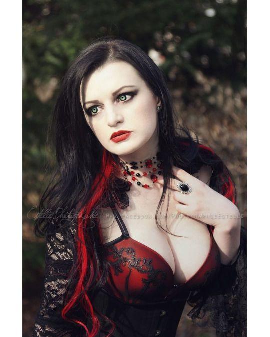alissa noir