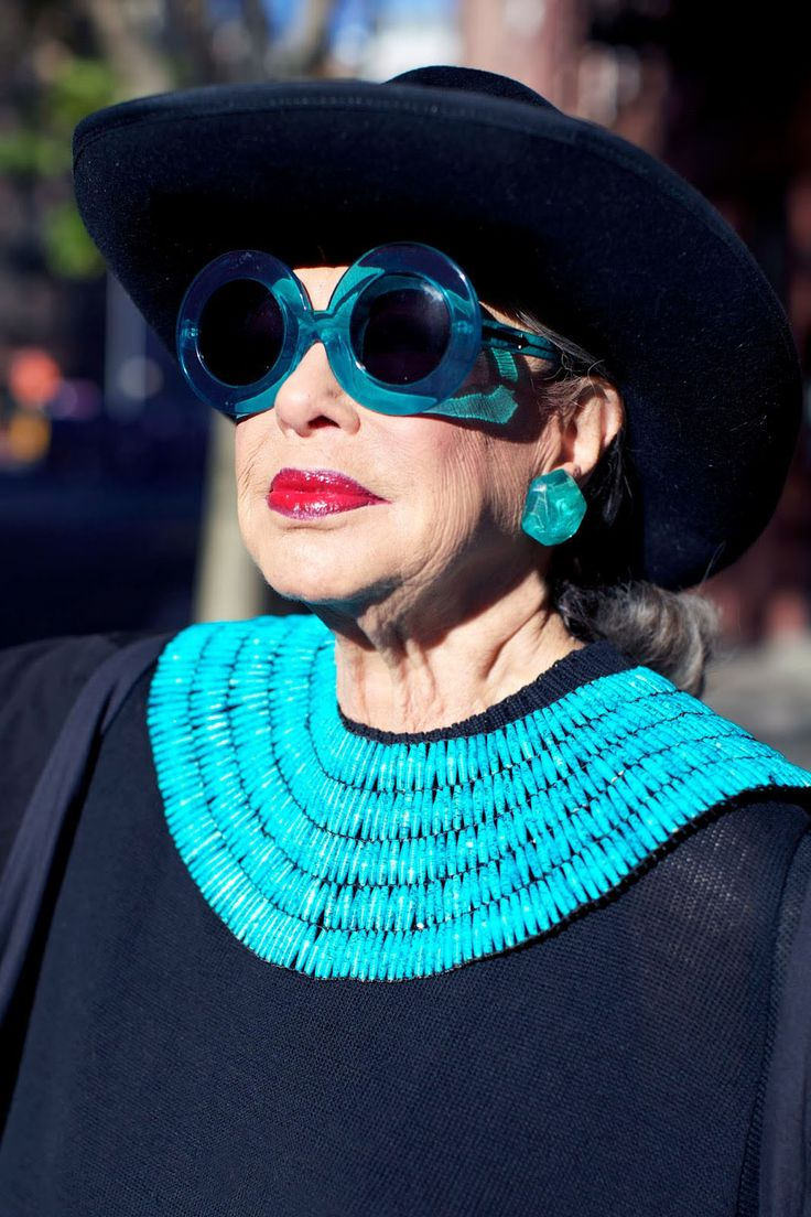 ADVANCED STYLE: Headwear Inspiration From The Countess of Glamour