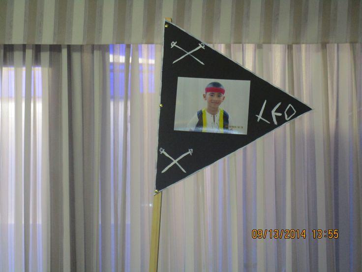 Bandera señalando quien va al mando de la tripulación