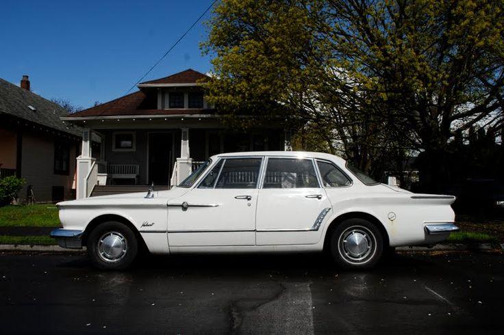 1961+Plymouth+Valiant+V200+4+Door+Sedan+First+Generation+1.jpg (800×533)