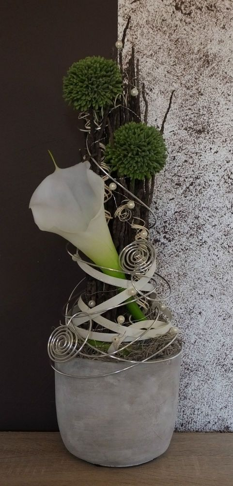 Tischdekoration, Tischgesteck, Gesteck, Calla, weiß-grün-silber
