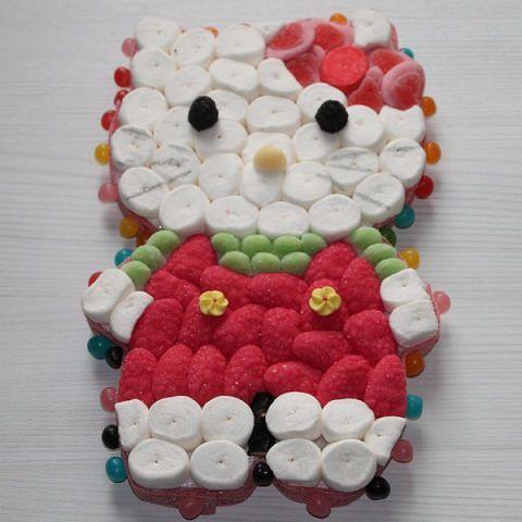 torta de chuches de kitty cuerpo entero