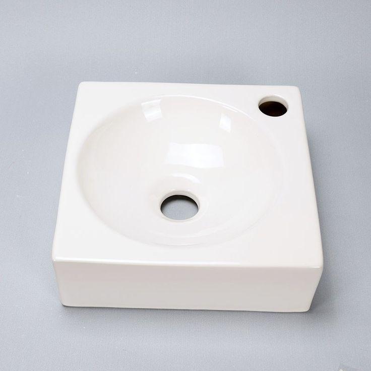 Les 25 meilleures id es de la cat gorie toilette suspendu sur pinterest deco wc ciment blanc for Idee deco wc suspendu