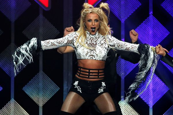 Ahead of Concert, Britney Spears' Arrival in Israel Sparks Pure Chaos